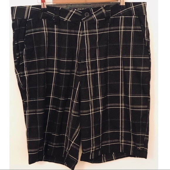 O'Neill Other - O'Neill Black plaid flat front shorts size 36